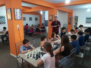 10_neaniko_galanos-9